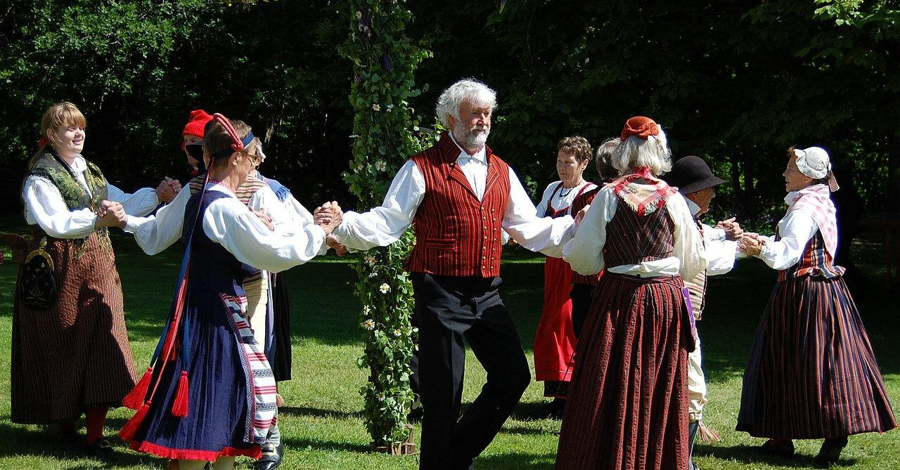 Swedish Folk Dancing - Sweden